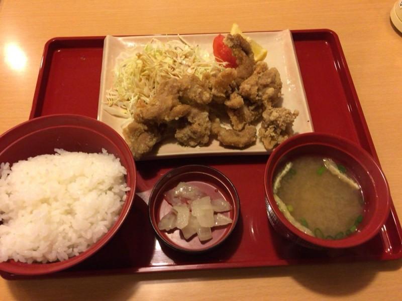 ジョイフル(joyfull)のメニュー 若鶏の唐揚げ定食