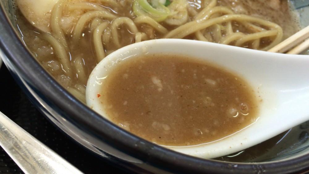 【大宮区】「麺屋 海」の豚骨ラーメンと100円激安チャーハンを食べてみました