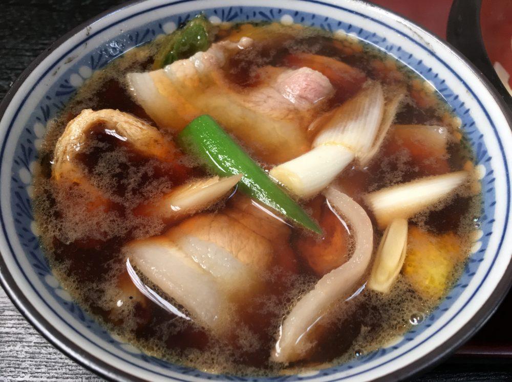 【比企郡小川町】太いうどんにビックリ!「あそび」で肉汁うどんを食べてきた