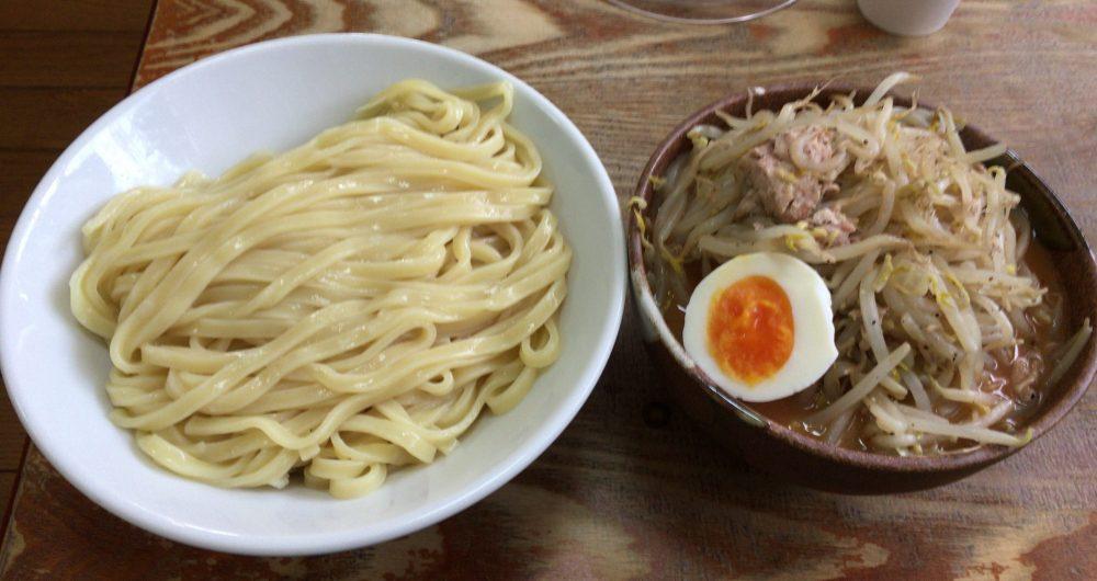 【川越市】『ラーメンひかり』のつけ麺は、二郎系なみのデカ盛ラーメンだった!